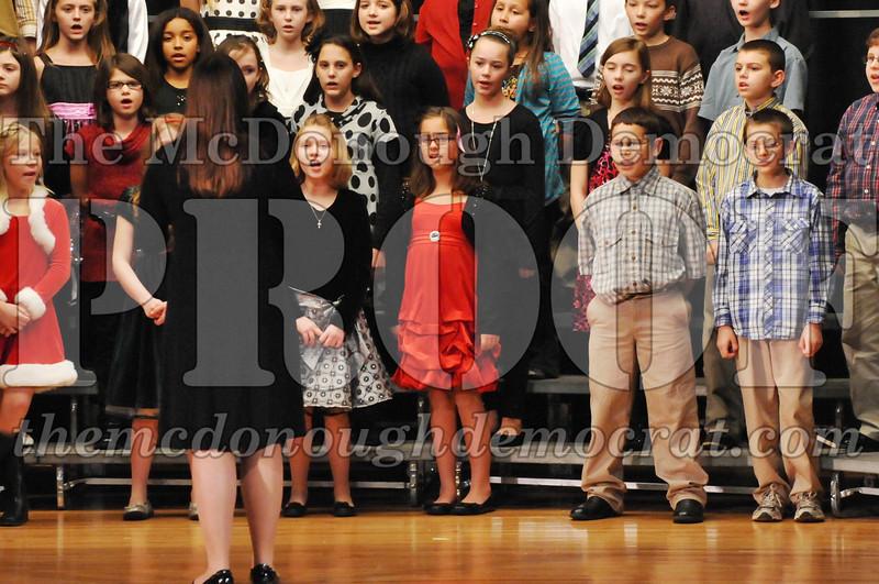 Elem 4-5th gr Christmas Choral Program 12-13-11 019