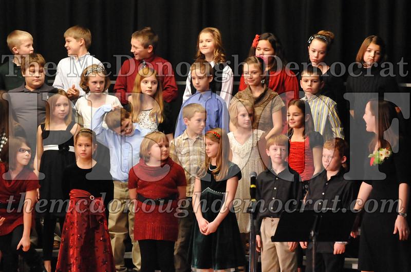 Elem 4-5th gr Christmas Choral Program 12-13-11 049