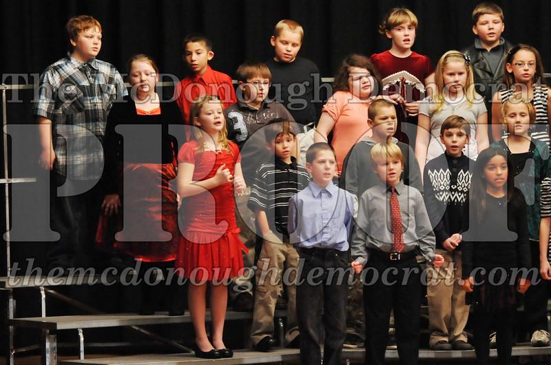 Elem 4-5th gr Christmas Choral Program 12-13-11 068