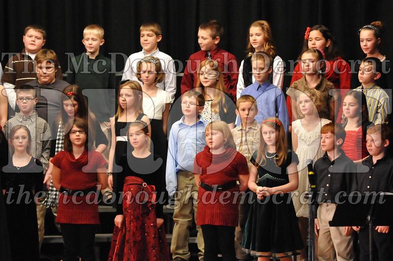 Elem 4-5th gr Christmas Choral Program 12-13-11 060