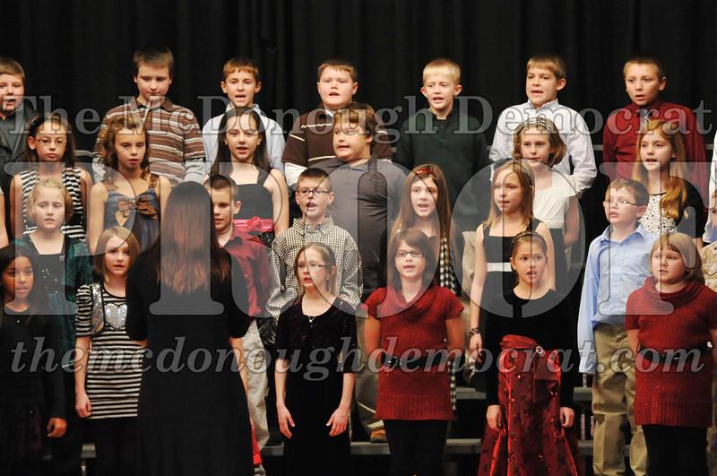 Elem 4-5th gr Christmas Choral Program 12-13-11 064