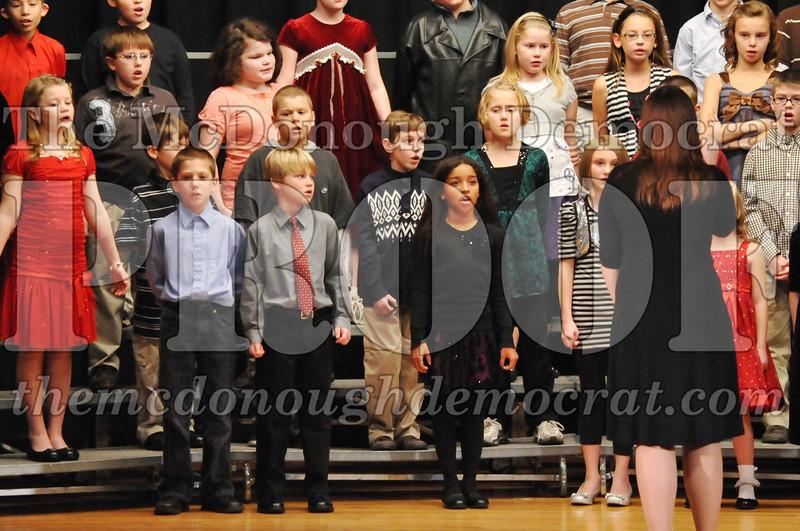 Elem 4-5th gr Christmas Choral Program 12-13-11 041