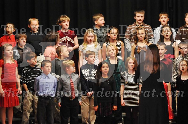 Elem 4-5th gr Christmas Choral Program 12-13-11 066
