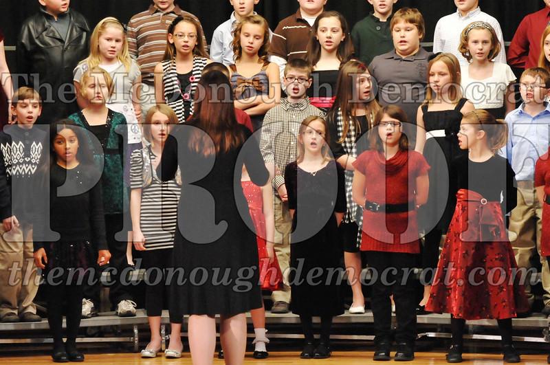 Elem 4-5th gr Christmas Choral Program 12-13-11 040