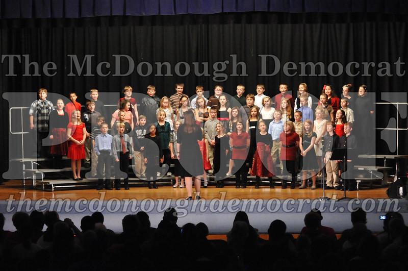 Elem 4-5th gr Christmas Choral Program 12-13-11 037