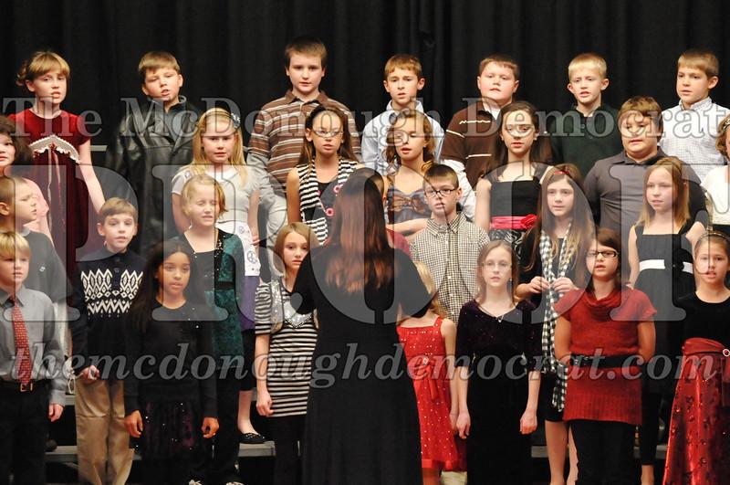 Elem 4-5th gr Christmas Choral Program 12-13-11 046