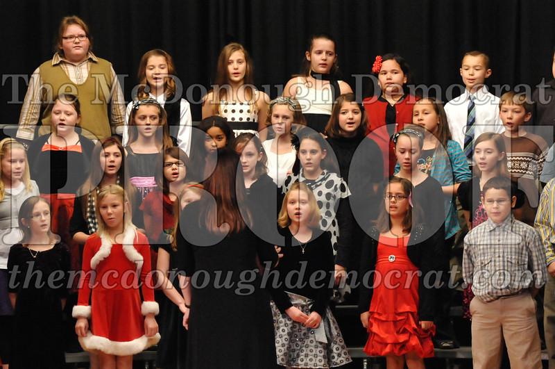Elem 4-5th gr Christmas Choral Program 12-13-11 009