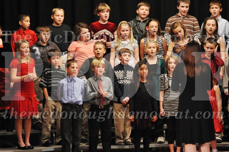 Elem 4-5th gr Christmas Choral Program 12-13-11 069