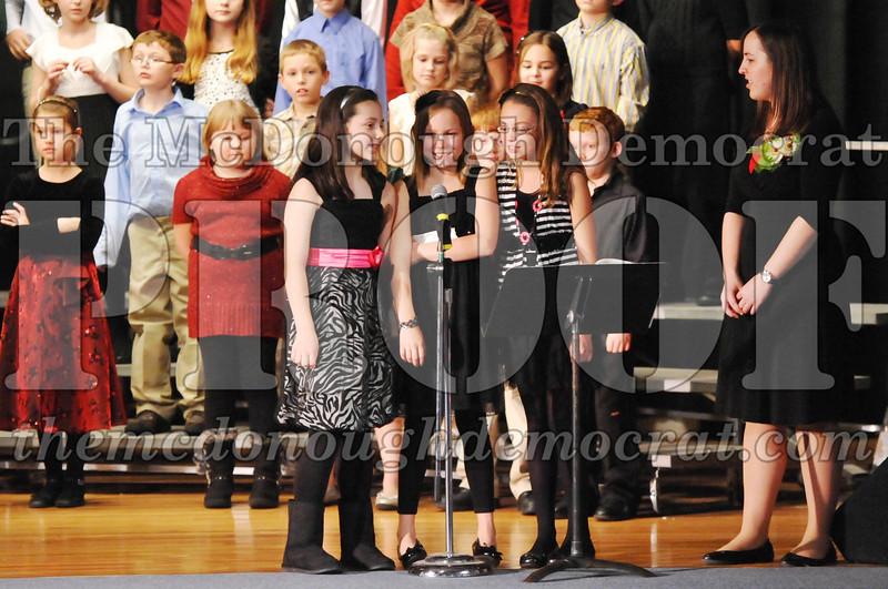 Elem 4-5th gr Christmas Choral Program 12-13-11 057
