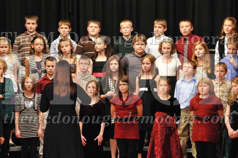 Elem 4-5th gr Christmas Choral Program 12-13-11 047