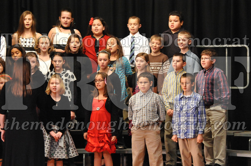 Elem 4-5th gr Christmas Choral Program 12-13-11 006