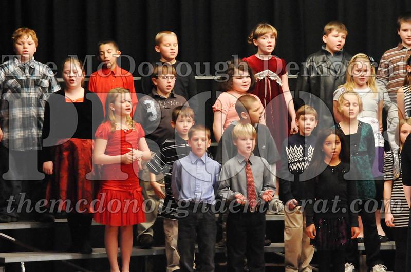 Elem 4-5th gr Christmas Choral Program 12-13-11 044