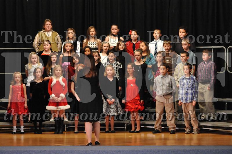 Elem 4-5th gr Christmas Choral Program 12-13-11 011
