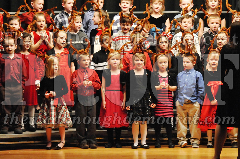 Elem K-1st gr Christmas Choral Program 12-13-11 038