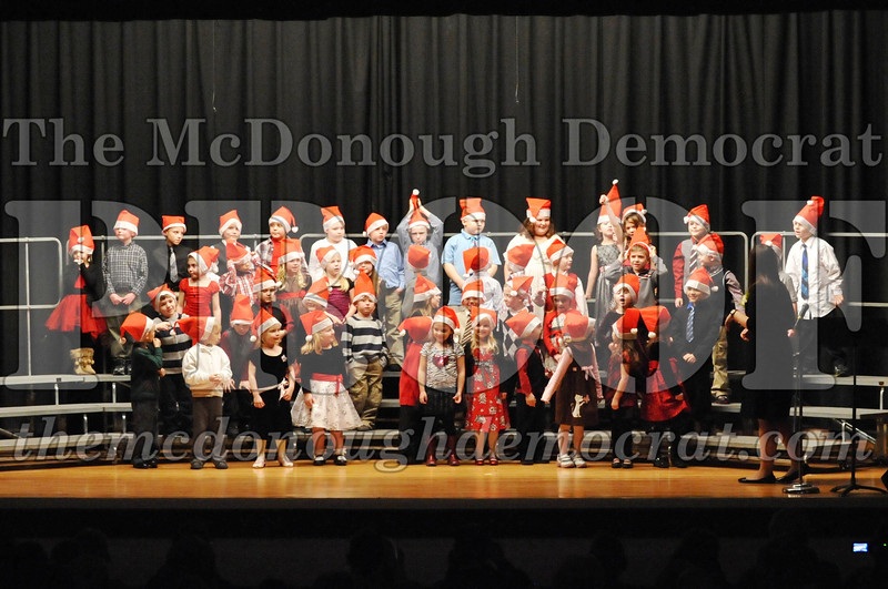 Elem K-1st gr Christmas Choral Program 12-13-11 030