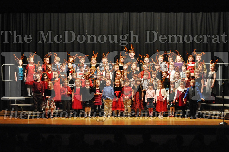 Elem K-1st gr Christmas Choral Program 12-13-11 049