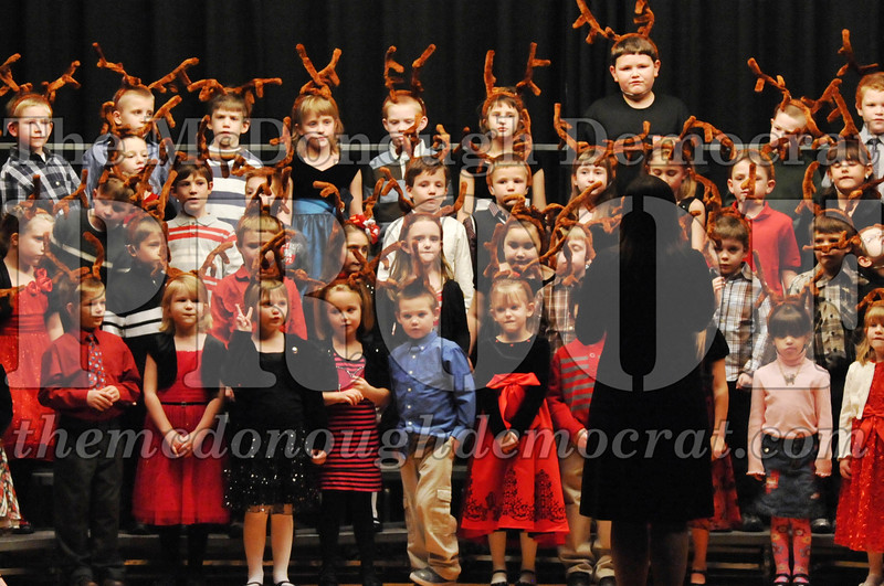 Elem K-1st gr Christmas Choral Program 12-13-11 046