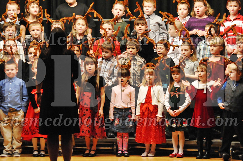 Elem K-1st gr Christmas Choral Program 12-13-11 036