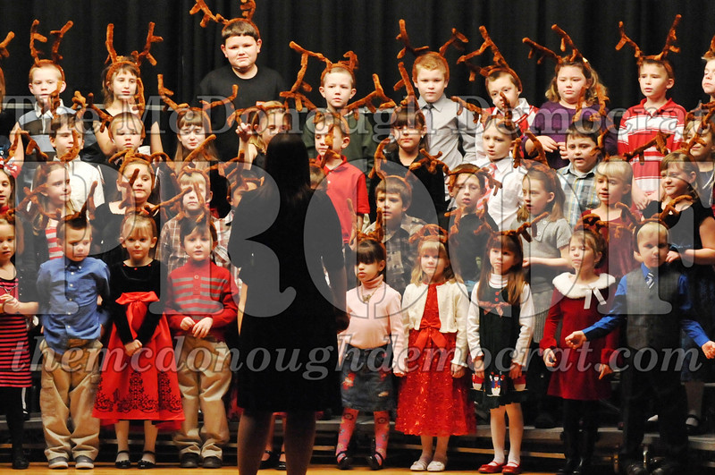 Elem K-1st gr Christmas Choral Program 12-13-11 042