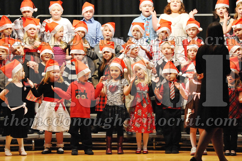 Elem K-1st gr Christmas Choral Program 12-13-11 014