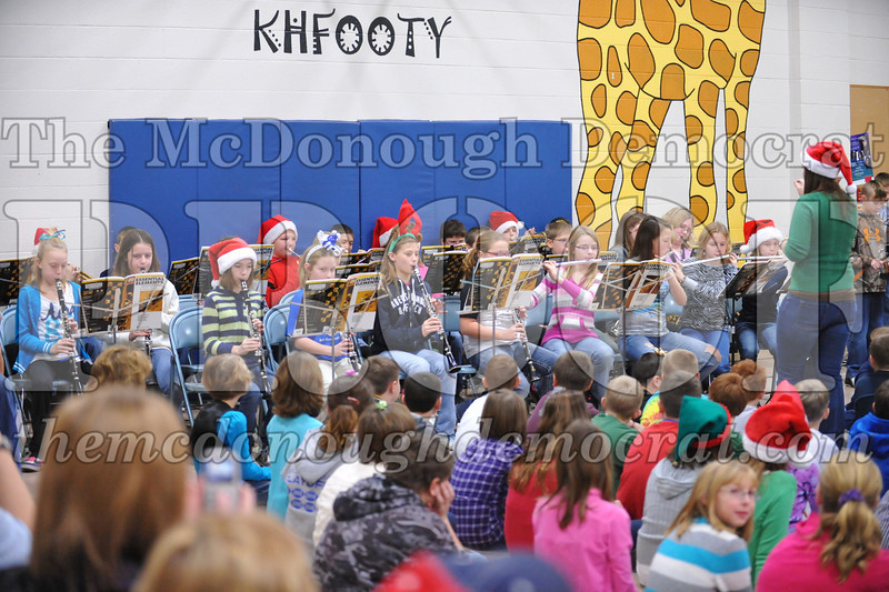 Elementry Christmas Assembly 12-21-11 022