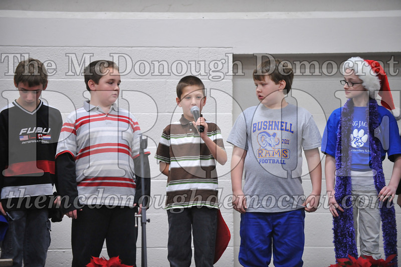 Elementry Christmas Assembly 12-21-11 063