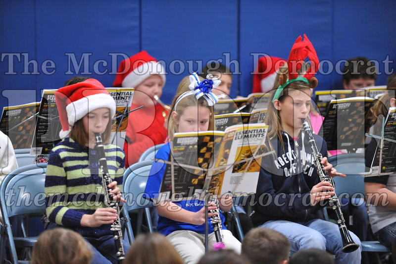 Elementry Christmas Assembly 12-21-11 023