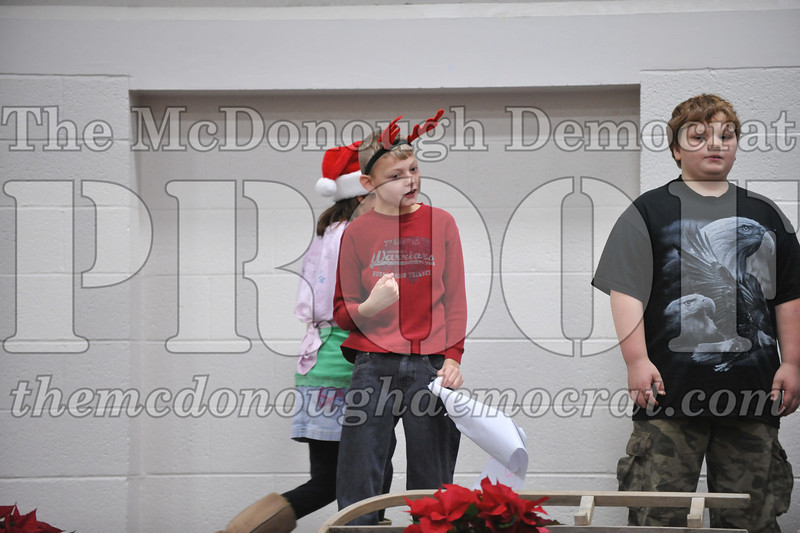Elementry Christmas Assembly 12-21-11 079