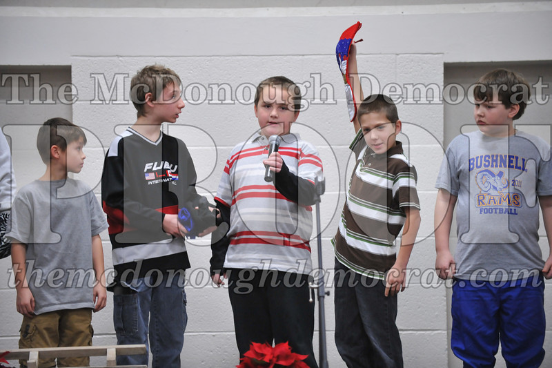 Elementry Christmas Assembly 12-21-11 067