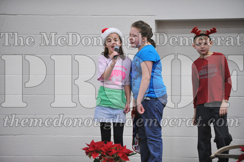 Elementry Christmas Assembly 12-21-11 080