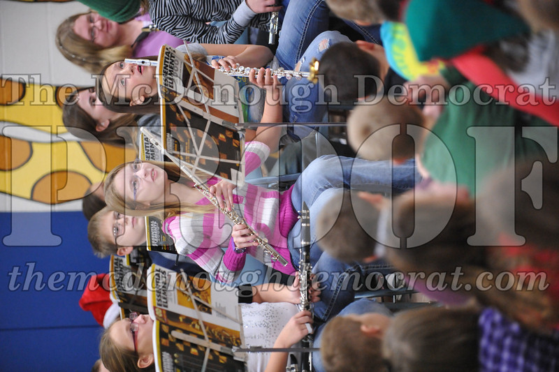 Elementry Christmas Assembly 12-21-11 020