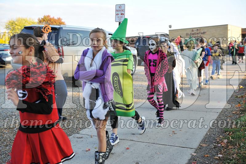 Elem Halloween Parade 10-31-11 006