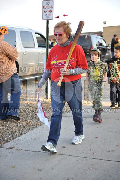 Elem Halloween Parade 10-31-11 033