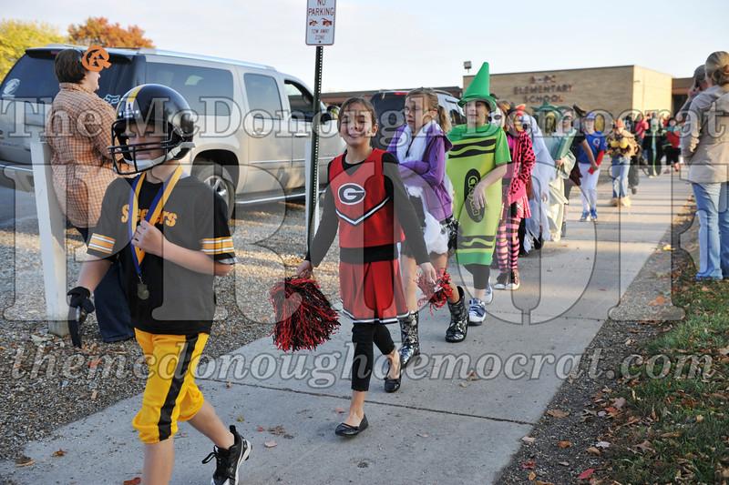 Elem Halloween Parade 10-31-11 005