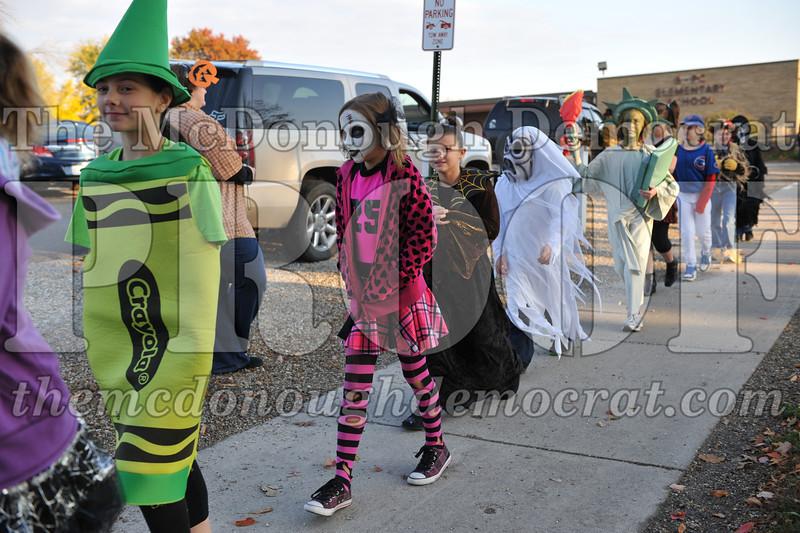 Elem Halloween Parade 10-31-11 007