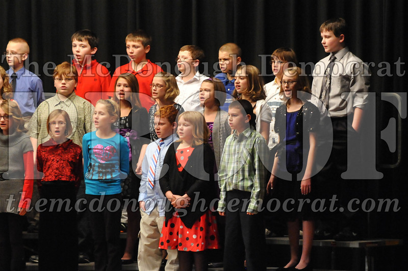 Elementary 4-5g Christmas Choral Program 12-13-12 041