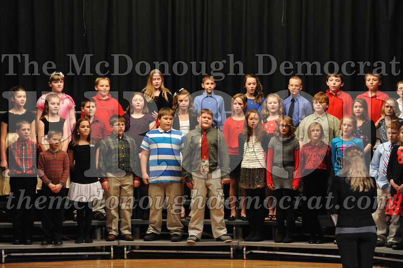 Elementary 4-5g Christmas Choral Program 12-13-12 049