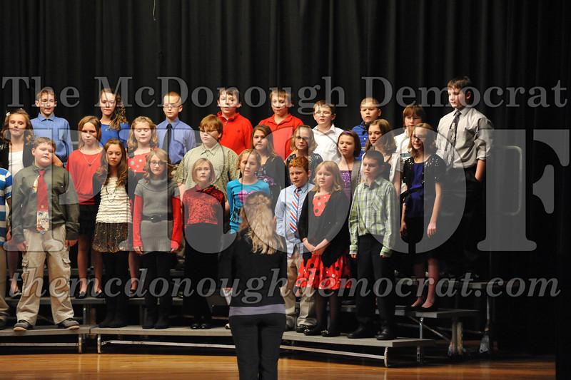 Elementary 4-5g Christmas Choral Program 12-13-12 043