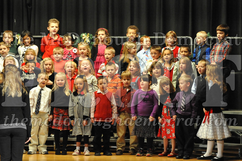 Elementary K-1 Christmas Choral Program 12-13-12 016