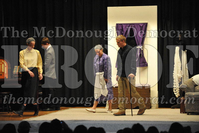 HS Play Arsenic & Old Lace 03-21-14 034