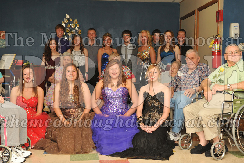 HS Nursing Home Prom 05-14-14 022