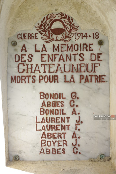 Plaque commémorative de 14-18 à Chateauneuf (Alpes de Haute Provence); First World War commemorative plate in Provence