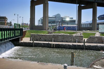 canal_side_5194