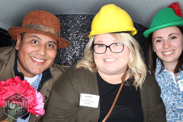B2B 2018 was a success! We always like getting together with our Eugene Business friends. We don't need an expo to do that either! Look us up for your next business get-together! Holiday parties are just around the corner and we'll book up fast!   Learn more at www.bluebuscreatives.com