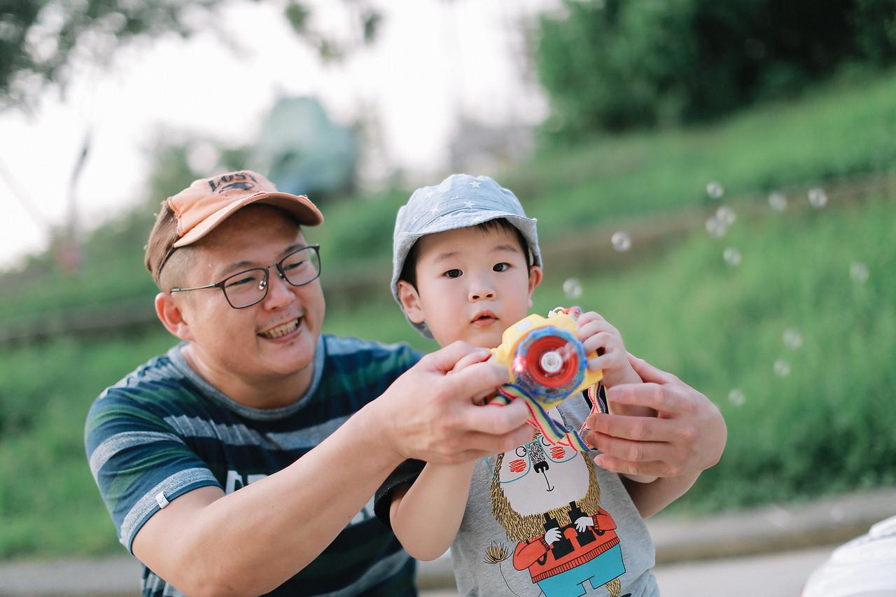 《嬰兒寫真兒童攝影》帥氣的小王子翔翔 / 台中攝影師