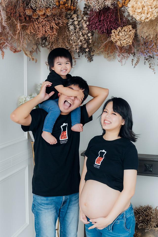 《孕婦寫真》親子寫真一起拍 / 台中台北攝影棚