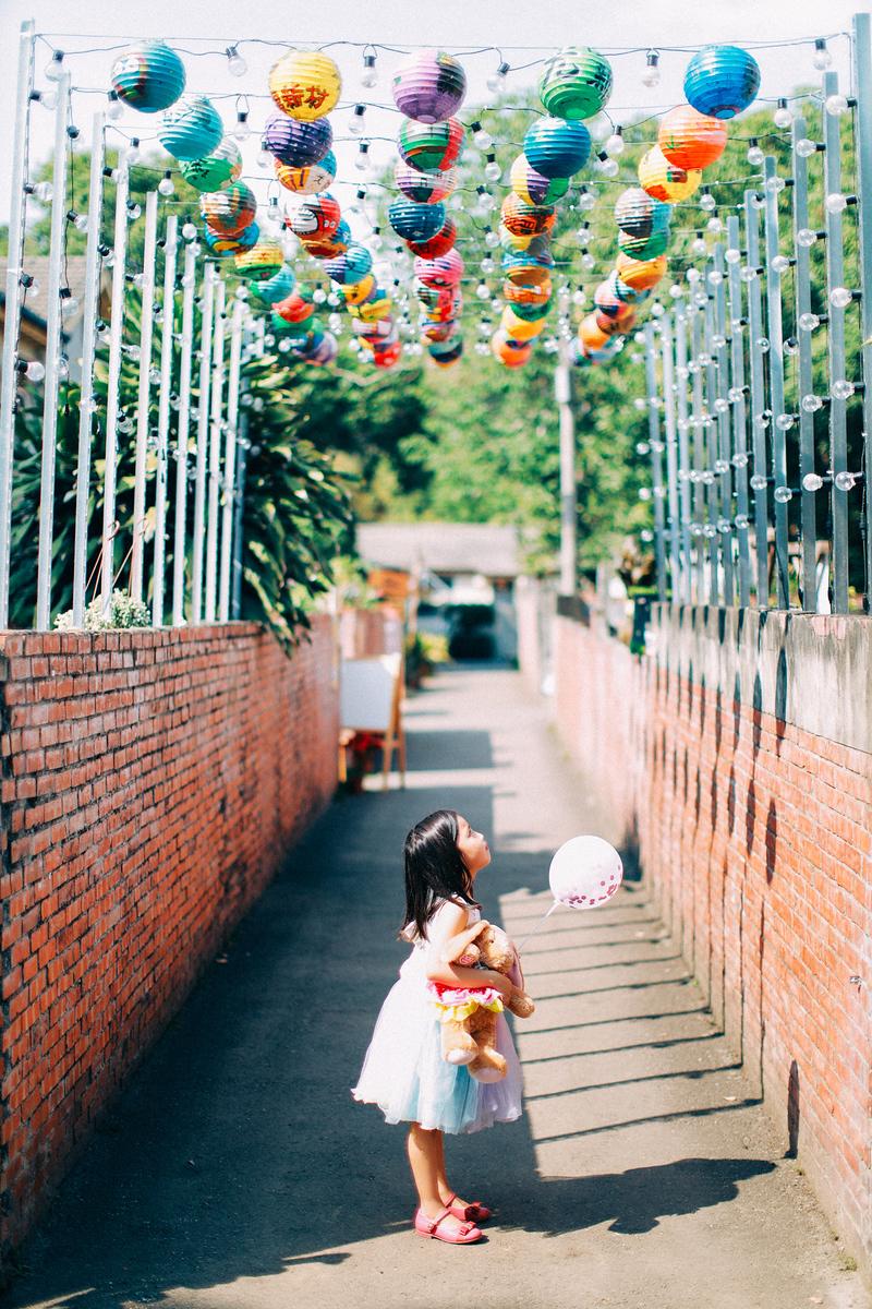 《親子兒童寫真攝影》眷村散散步 / 台中光復新村