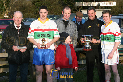 Feb 2006 - Man of the Match Seanie Furlong and captain Derek Daly after Kiltegan's win in the Eddie Dwyer Final in Donard