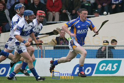 Apr 2007 - Leighton Glynn leaves Laois players trailing behind in the Allianz Division 2 National Hurling League Final in Semple Stadium