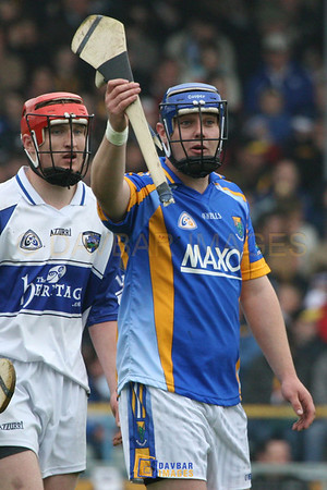 Apr 2007 - Seanie Furlong looks for a replacement hurl in the Allianz Division 2 National Hurling League Final in Semple Stadium
